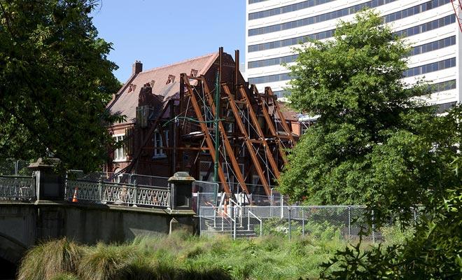 Christchurch herstelt beetje bij beetje van de grote aardbeving die in 2011 hard werd geslagen en veel slachtoffers maakte.