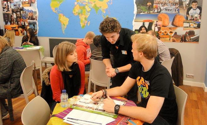 Los consejeros de WEP pueden ayudarlo a planificar su viaje académico a Nueva Zelanda.