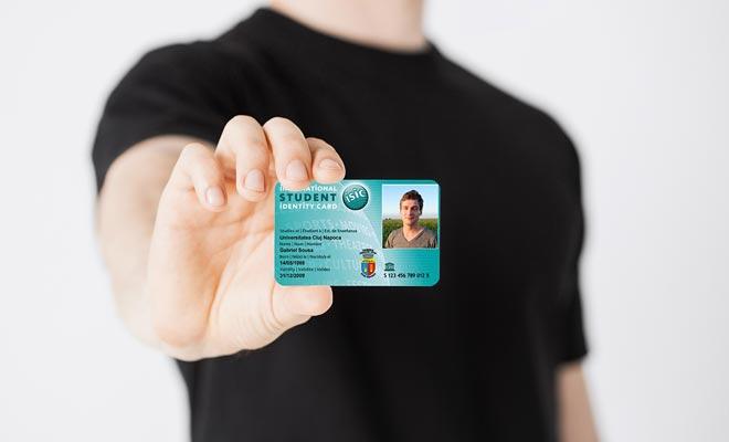 La tarjeta de estudiante internacional ofrece muchos descuentos. Si usted es interrested en acontecimientos culturales o el transporte público, es una tarjeta que usted debe comprar incluso si usted no planea estudiar en el país.