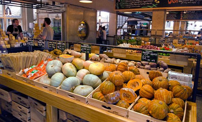 Los productos orgánicos están en auge en Nueva Zelanda, y hay estanterías dedicadas en los supermercados.