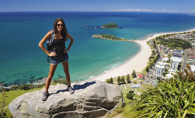 Si vienes a Nueva Zelanda para relajarse después de un año de trabajo de oficina, no te decepcionará. Las playas de arena son infinitas y el mar es turquesa.