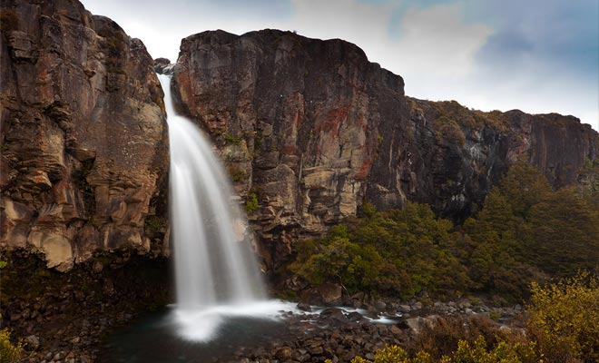 De Tongariro is de bekendste wandeling in dit Nationaal Park. Voor meer informatie kunt u contact opnemen met een iSite in het gebied.