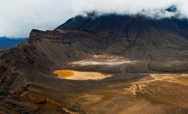 Als de Tongariro een fysieke ervaring is, is het vooral een opeenvolging van adembenemende panorama's. Alle inspanningen worden grotendeels terugbetaald.