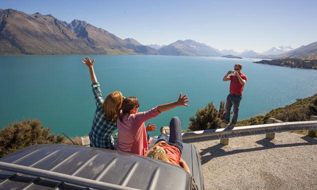 Prenota la tua auto per la Nuova Zelanda senza un'agenzia di viaggi.