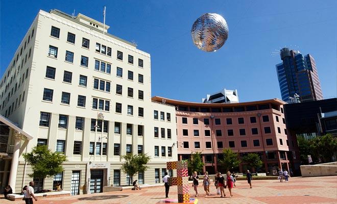 El centro cívico situado justo al lado del Museo Te Papa alberga los principales festivales. Es imposible perderse, y fácil de reconocer gracias a su famosa esfera suspendida.