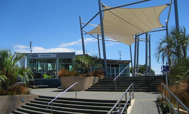 Bezoek de Whakatane iSite om uw reis naar White Island te boeken, maar u kunt ook internet gebruiken.