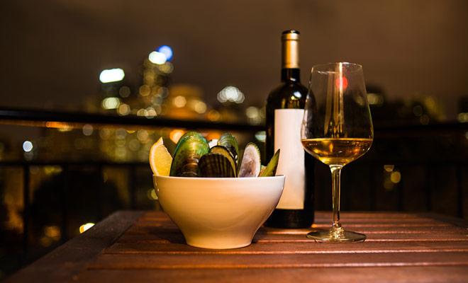 Usted puede traer de vuelta botellas de vino comprado durante su viaje a Nueva Zelanda. Este es probablemente uno de los recuerdos que serán los más apreciados.