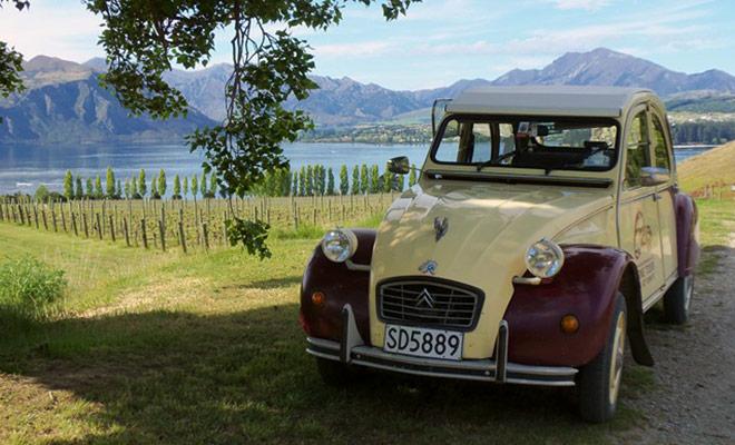 Uno de los fundadores de Funny French Cars es un francés de Nueva Caledonia. La fórmula cumple un verdadero éxito y los 2CV de la empresa no están cerca de jubilarse!