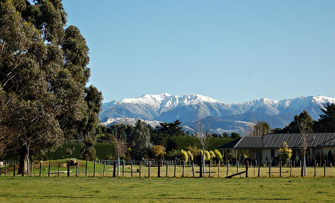 De WWOOF wordt veel gebruikt in Nieuw-Zeeland. Tegen een paar uur boerderijwerk krijgt u gratis accommodatie. De rest van uw vrije tijd kan worden besteed aan het bezoeken van het gebied.