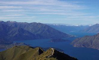 Hay muchas rutas de senderismo que ofrecen unas vistas espectaculares del lago Wanaka y Monte Aspiring Parque Nacional.