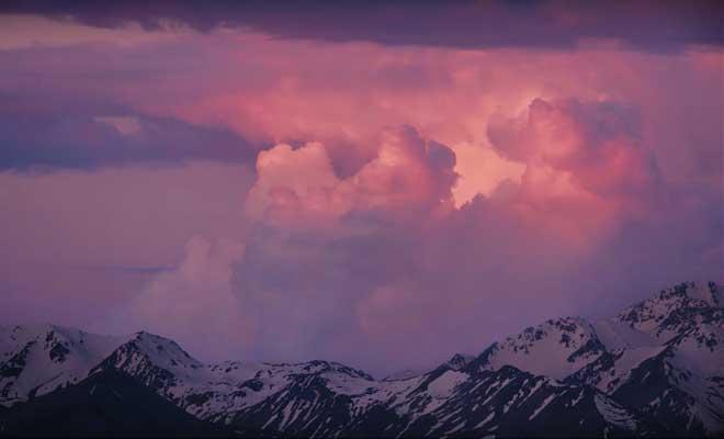 Nuages dans le ciel de Tekapo