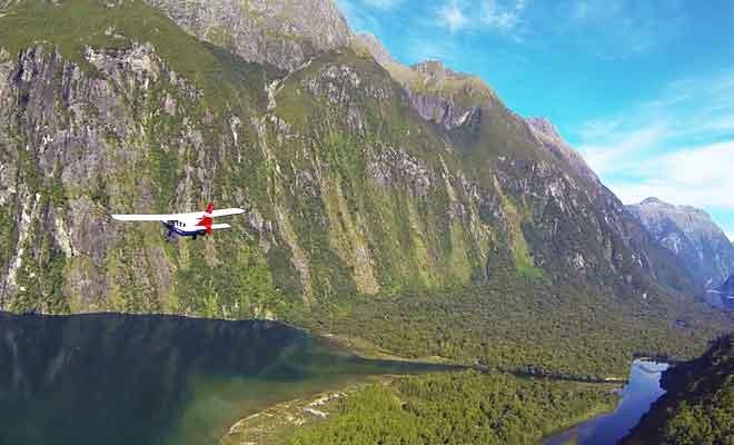 Survol du Fiordland en avion