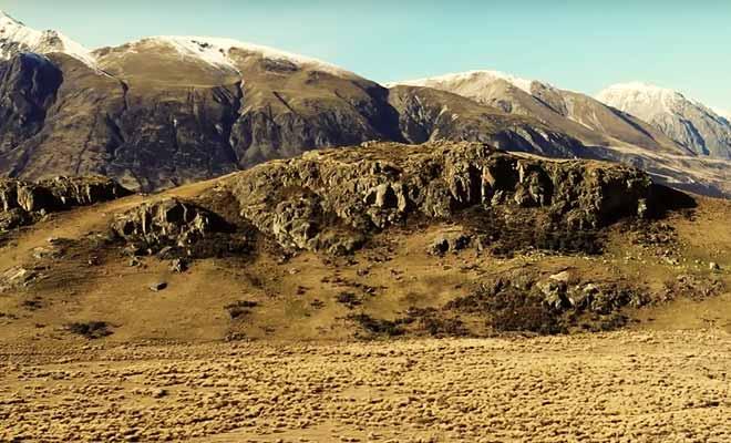 Survol de Mount Sunday en drone