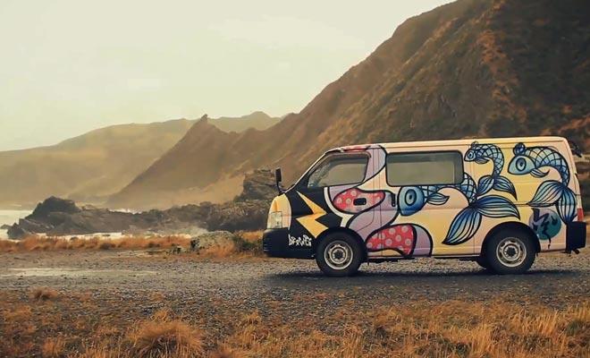 Le camping-car offre un maximum d'autonomie et le pays est très adapté à ce mode de transport.