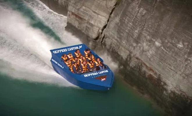 Si vous ne savez toujours pas quel excursion en jet boat réaliser, cette petite video commerciale pourrait vous aider à choisir.
