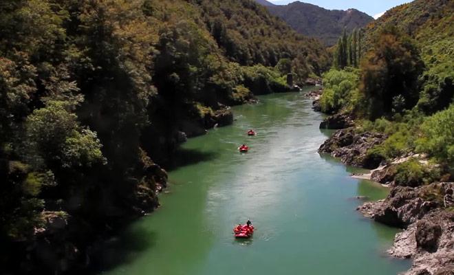 Il existe de très nombreuses rivières où vous pourrez pratiquer le rafting en Nouvelle-Zélande.