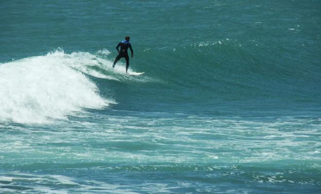 La plage de raglan est la plage de surf la plus célèbre de Nouvelle-Zélande car les vagues y sont exceptionnelles.